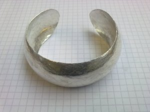 Synclastic Bangle